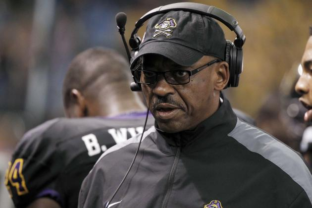 Beef 'O'Brady's Bowl: ECU's Ruffin McNeill Deserves Consideration for Bigger Job