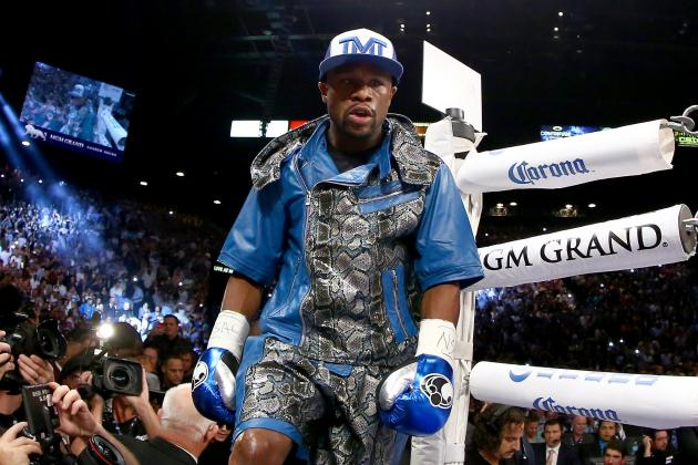 Floyd Mayweather Sends Hilarious Jab to Manny Pacquiao with Holiday Tweet