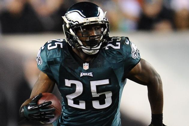 Eagles' McCoy Named NFC Offensive Player of Week