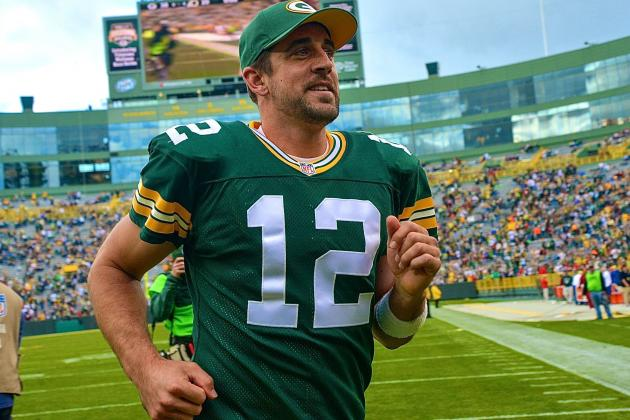 How Aaron Rodgers' Return Gives Packers Huge Advantage Over Bears