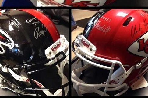 Tony Gonzalez to Recieve Half Falcons-Half Chiefs Helmet at Final NFL Game