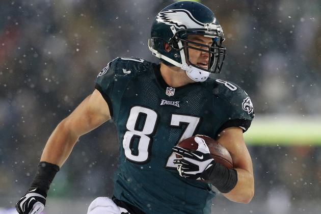 Philadelphia Eagles Offense Rolling with Extra Use of Tight Ends