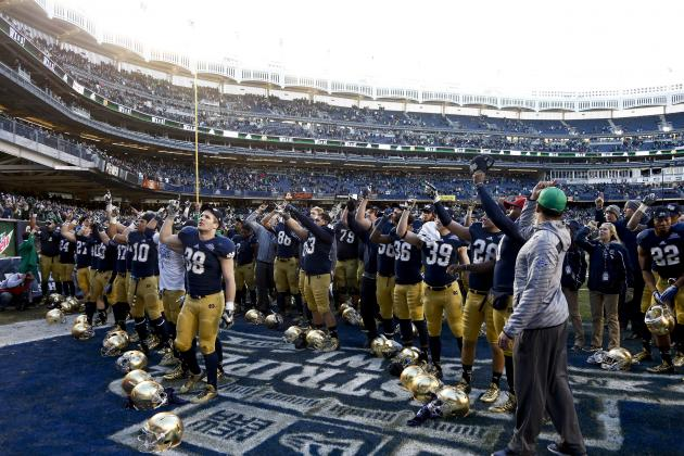 Notre Dame's Performance in 2013 Pinstripe Bowl Is Irish's Season in a Nutshell
