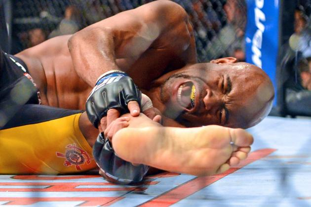 Weidman vs. Silva 2 Results: Twitter Reacts to the Main Event