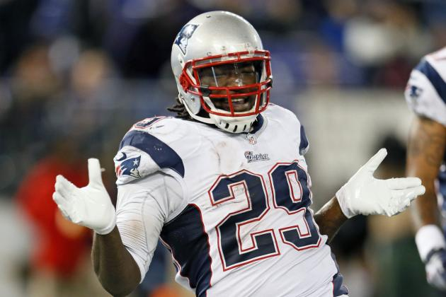 LeGarrette Blount Runs Wild as Pats Clinch Second Seed