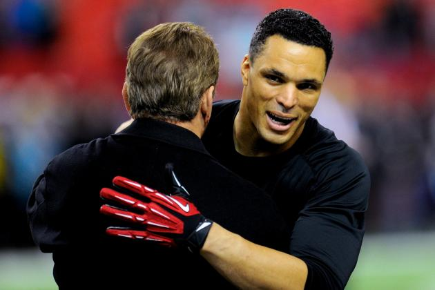 Tony Gonzalez Discusses Final Game of Career, Honored at Halftime