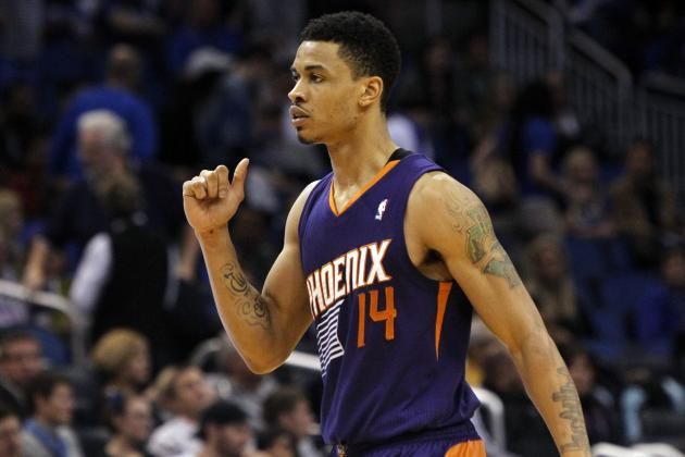 Gerald Green Drives Through Baseline Traffic for Reverse Dunk