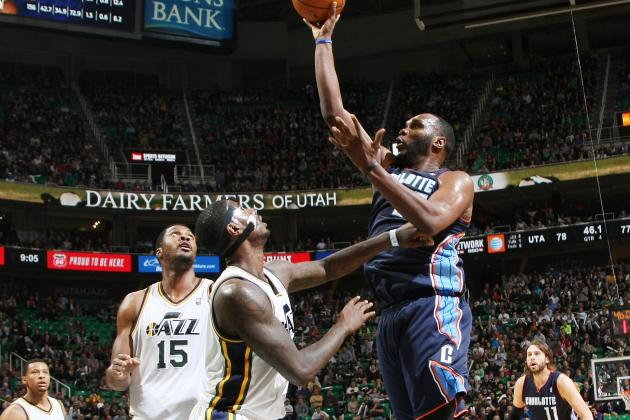 Utah Jazz: Big Al Gets Big Ovation in Return to Utah