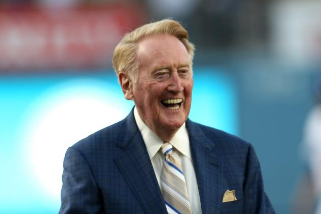 Vin Scully Highlights 2014 Rose Parade as Grand Marshal