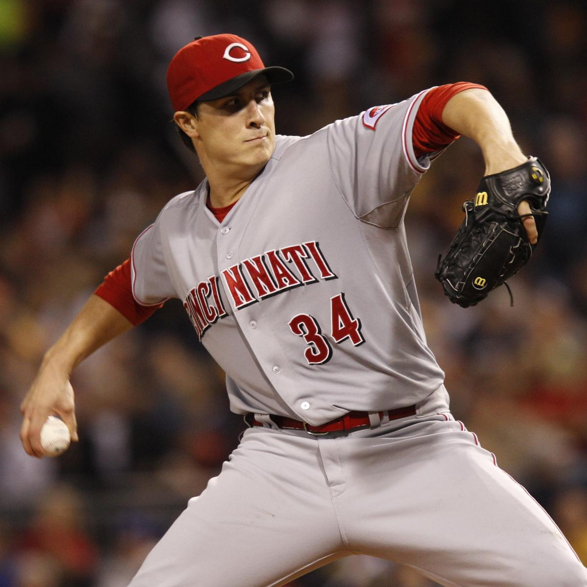 Res Homer Bailey Cincinnati Reds Pitches Crop Exact 75  Fit  Rangers Rotation