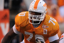 Vols Offensive Lineman Accepts Invite to Medal of Honor Bowl