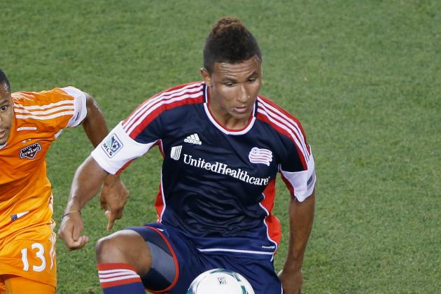 USMNT Striker Juan Agudelo Arrives at Stoke City
