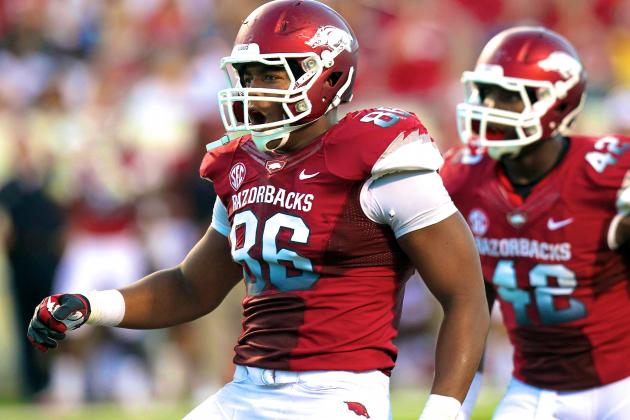 Arkansas DE Trey Flowers Announces He Will Return for Senior Season