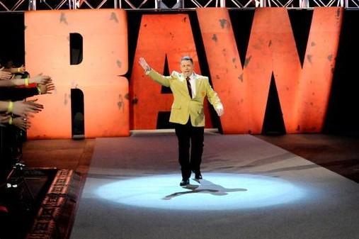 WWE Raw Review (1/6/2014): Jake Roberts Returns, Roman Reigns vs. CM Punk