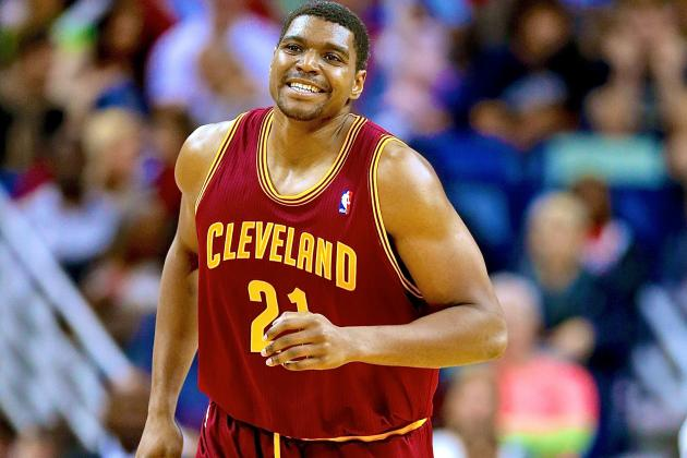 Chicago Bulls Waive Andrew Bynum After Luol Deng Trade