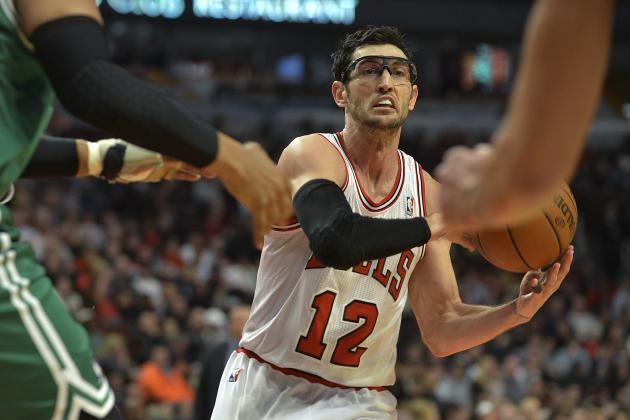 Why Are Golden State Warriors Interested in Kirk Hinrich?