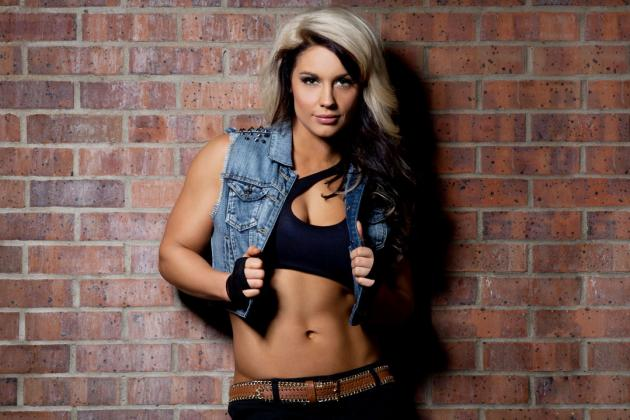 WWE Diva Kaitlyn Leaves World Wrestling Entertainment