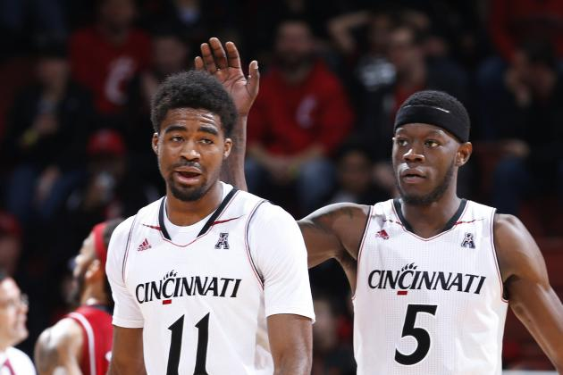 Cincinnati's Lawrence out Indefinitely with Toe Injury