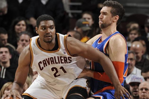 Debate: Should the Knicks Bring in Andrew Bynum?