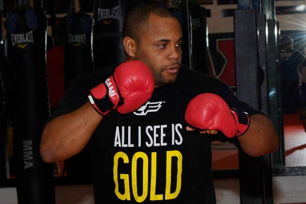 Daniel Cormier Avoiding Weighty Issues in Preparation for Rashad Evans Fight