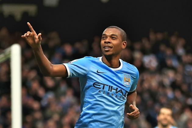 Fernandinho Form Should Cause Brazil Rethink Ahead of World Cup