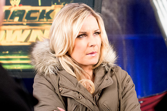 Renee Young Wants to Be 1st Female Colour Commentator for WWE, Should She Be?
