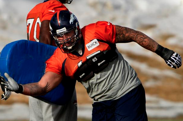Broncos Offensive Guard Louis Vasquez Has Blocked for Rivers, Manning
