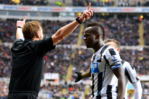 GIFs: Tiote's Disallowed Goal and All the Action from Newcastle-Manchester City