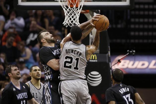 Spurs Cruise to Easy Win over T-Wolves