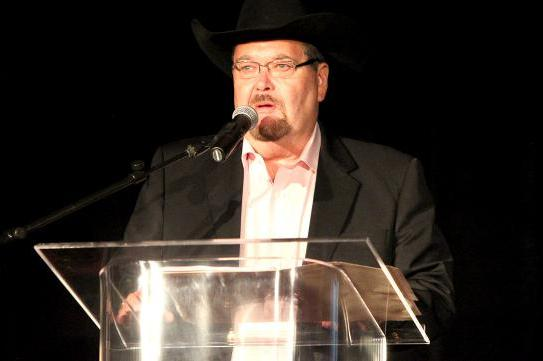 Jim Ross Looks Set to Sign Contract with Fox Sports