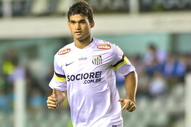 Breaking Down What Santos Striker Willian Jose Will Bring to Real Madrid