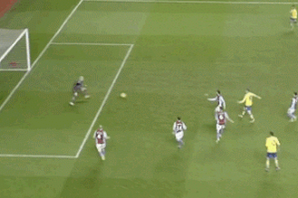 GIFs: Jack Wilshere, Olivier Giroud Score for Arsenal vs. Aston Villa
