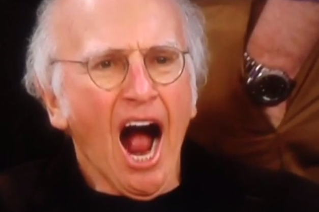 Larry David Bored During Final Seconds of Overtime at Suns-Knicks Game
