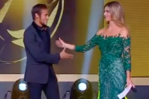 Neymar's Handshake with Fernanda Lima at the Ballon D'Or Awards Was Awkward