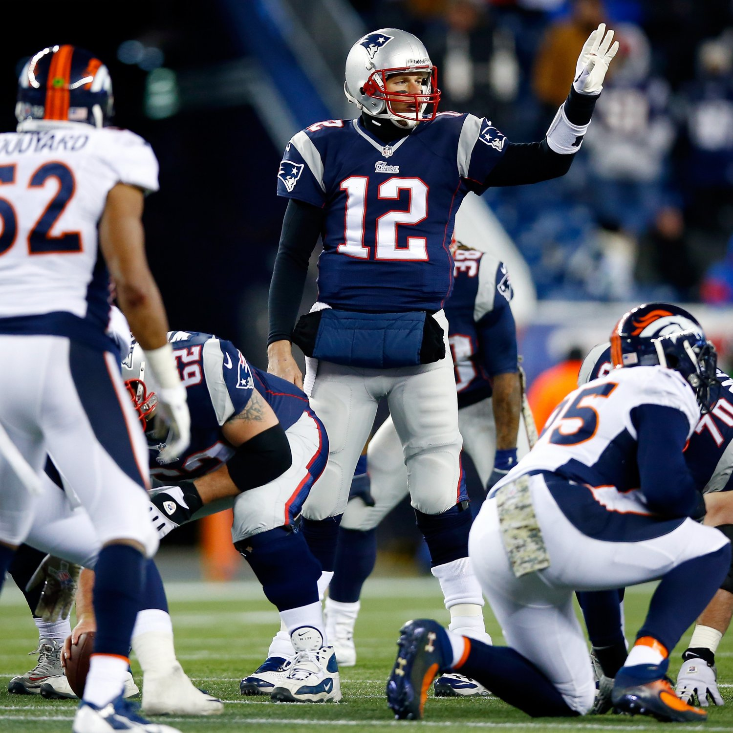 Denver Broncos Halftime Adjustments Key To Broncos 2 0: Patriots Vs. Broncos: Who Has The Edge At Every Position