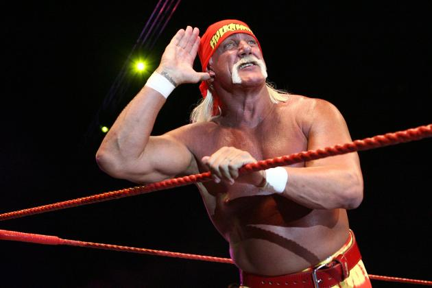 Hulk Hogan Returns to WWE Programming During Monday Night Raw