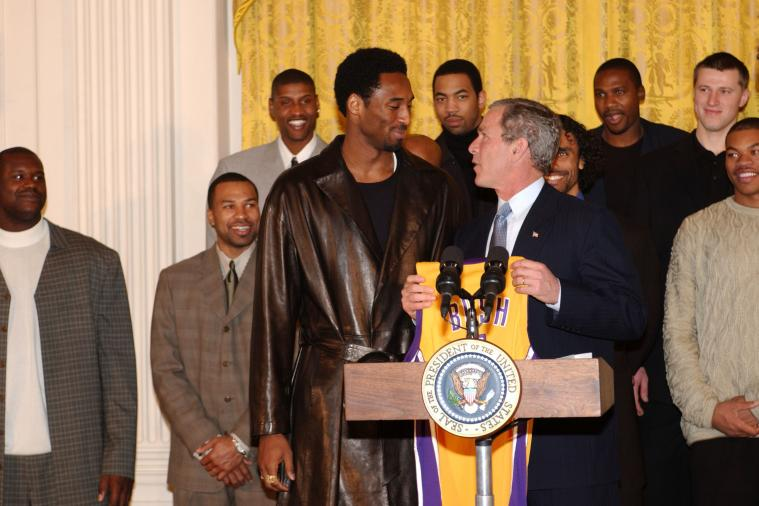 Remember When Kobe Bryant Went to the White House Wearing This?