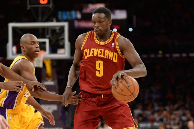 Luol Deng Raising Cleveland Cavaliers as Los Angeles Lakers Seek Similar Lift