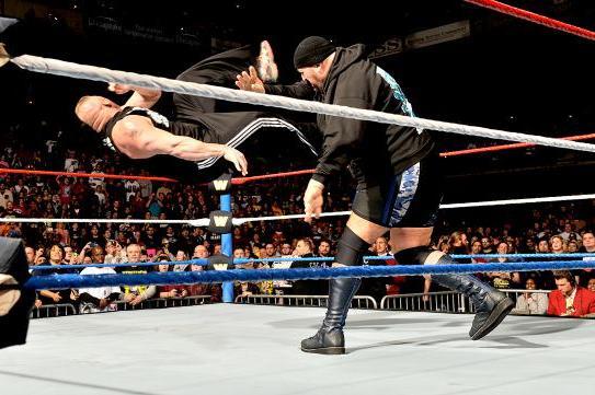 Big Show vs. Brock Lesnar Will Surprise Fans at Royal Rumble