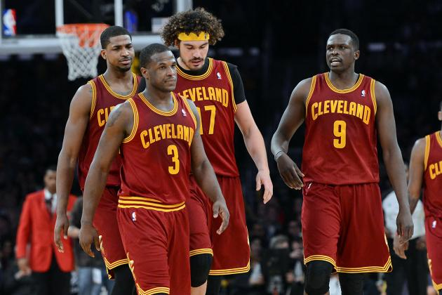 Cleveland Cavaliers Return to Court for Practice Following Loss in Portland