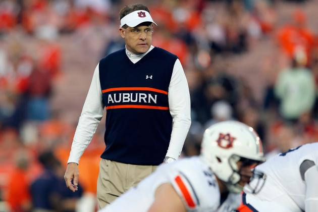 Auburn's Gus Malzahn Wins the Paul 'Bear' Bryant Coach of the Year Award