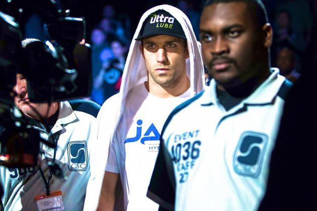 UFC Fight Night 35: Luke Rockhold KOs Costas Philippou, Gets Back on Message