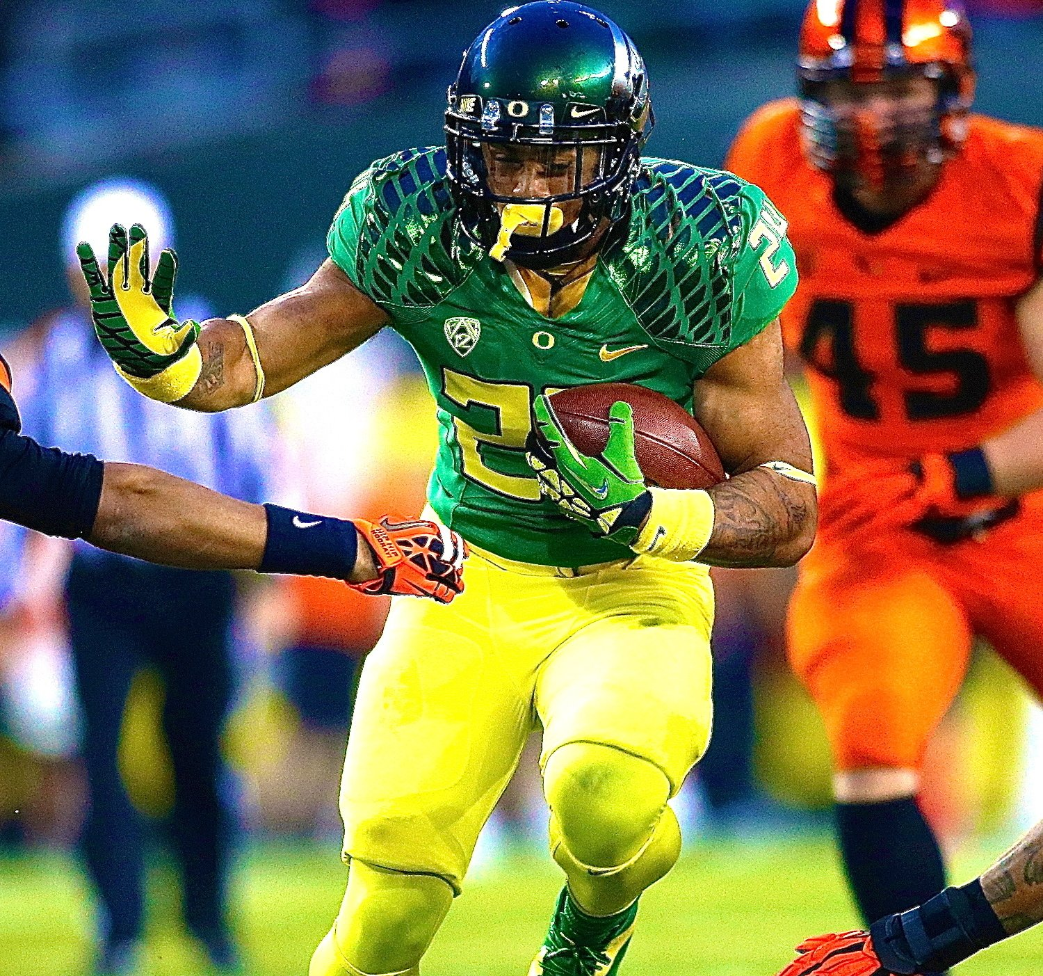 Why Oregon Ducks' Offense Will Be Better with Thomas Tyner ...