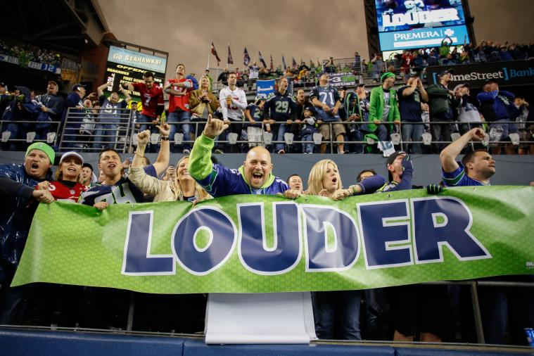 49ers and Seahawks Fans Host Friendly Competition to Donate Money to Hospitals