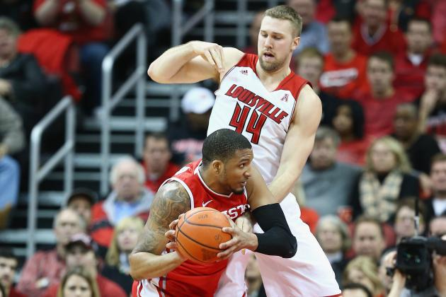 No. 18 Louisville Routs Houston 91-52