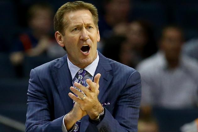 Jeff Hornacek Shows off His Range with Half-Court Shot