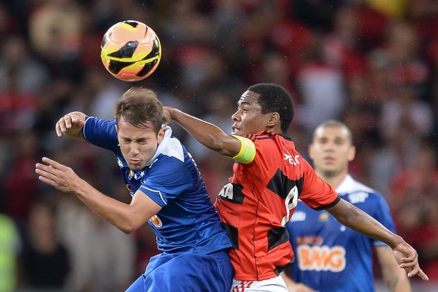 Manchester United Transfer News: Everton Ribeiro Intrigue Heightened by Bid Talk