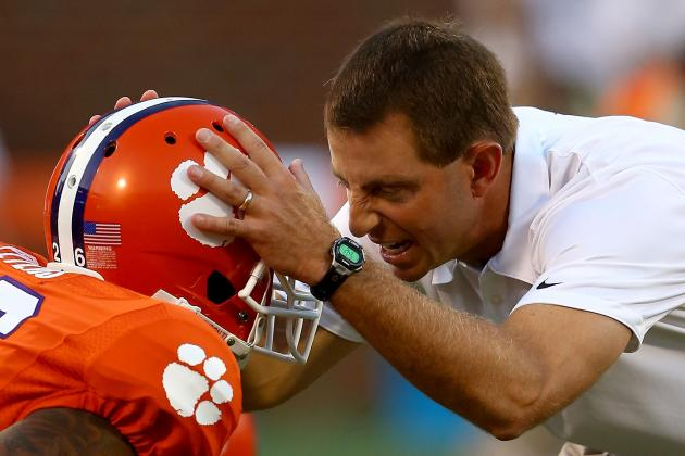 Report: Swinney's New Deal Worth 8-Yrs/$27.15M