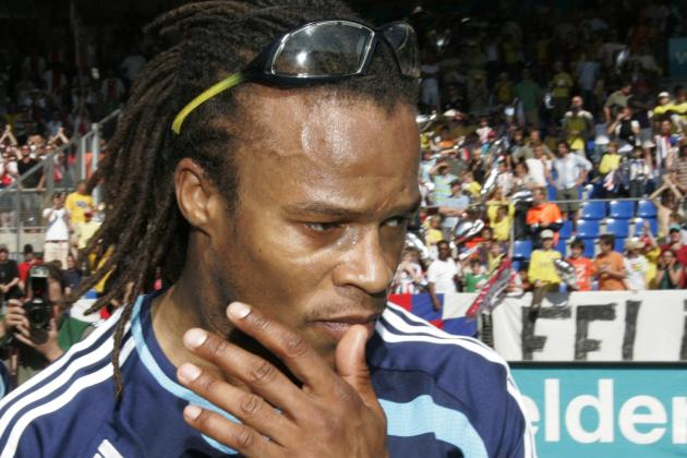 Edgar Davids Steps Down as Manager of Non-League Barnet FC