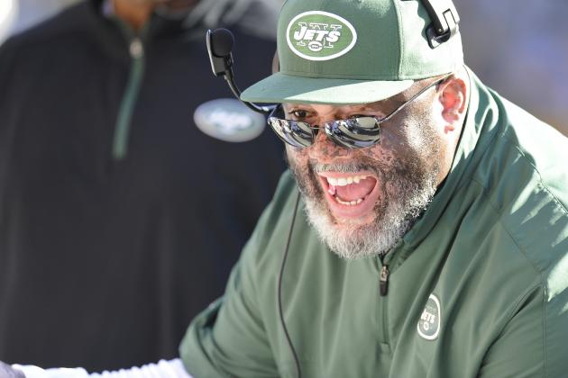 Jets Begin to Re-Sign Assistant Coaches